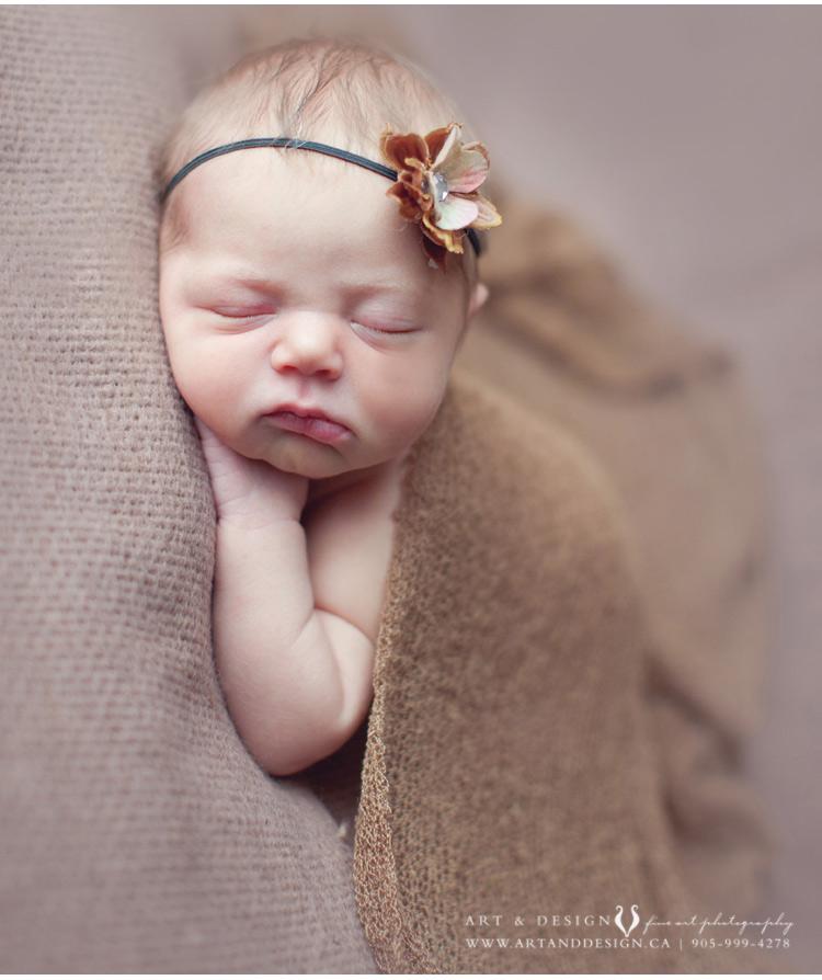 Newborn-Photographer-Markham